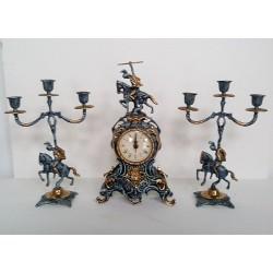 Conjunto de reloj y candelabros